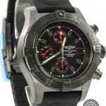 Breitling avenger skyland chronograph m13380 image 3