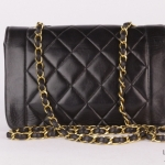 Chanel quilted leather mademoiselle flap 22 shoulder bag image 2