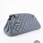 Chanel light blue caviar quilted leather handbag image 3
