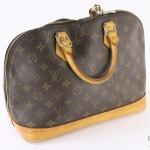 Louis vuitton monogram alma pm handbag image 3