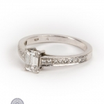 Platinum diamond single-stone ring image 2