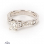 18ct gold diamond ring image 2