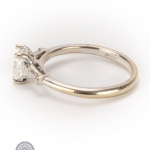 18ct gold diamond ring image 3